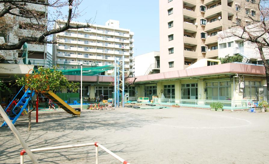 北区桜田保育園の園舎の様子
